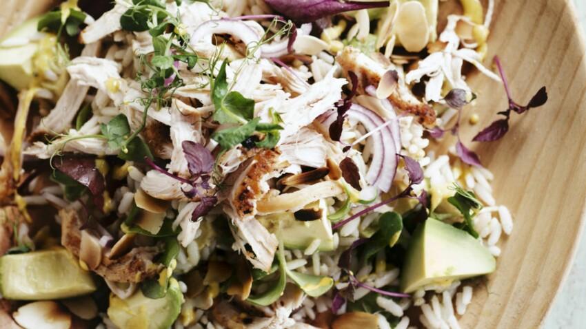 Salade thaï au poulet et à l'avocat