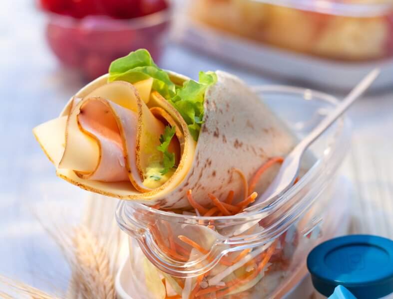 Wrap léger de dinde et Fol Epi ®, crème moutardée curry-coriandre