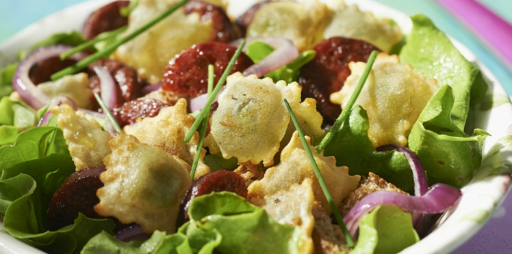 Salade de ravioles et chorizo à la plancha
