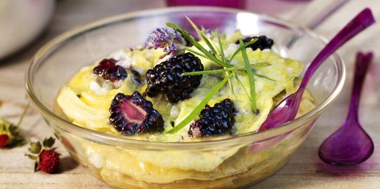 Omelette aux mûres et lavande