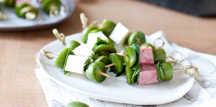 Brochettes méli-mélo aux mini kiwis