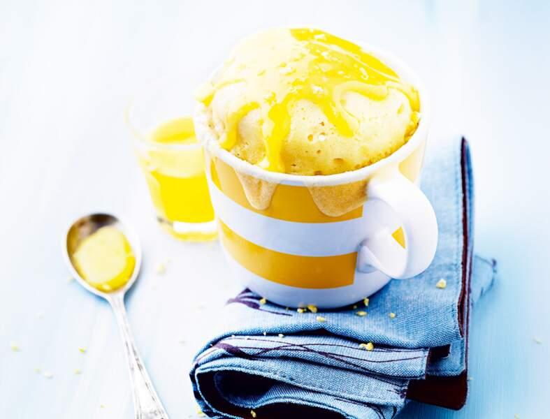 Mug cake lemon curd
