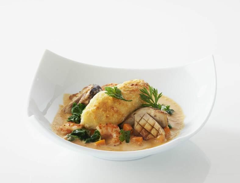 Quenelles de brochet Saint Jean, bisque de homard et cèpes rôtis