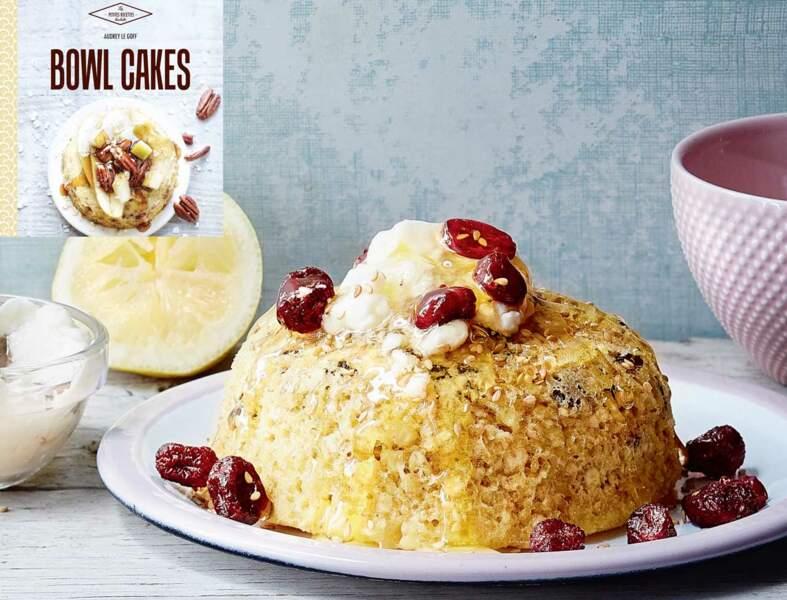 Bowl cake sésame, cranberries, citron et miel