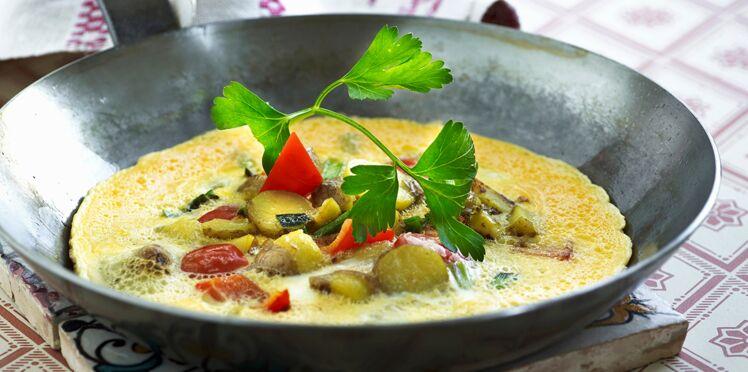Omelette aux légumes et cornichons