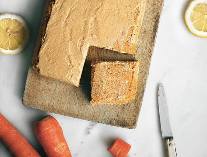 Gâteau cru à la carotte