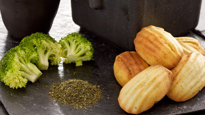Petit-déjeuner anti-cancer: recette des madeleines brocolis et thé vert
