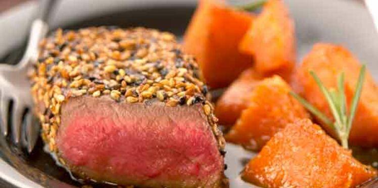 Rumsteack de bœuf de Chalosse au sésame noir et doré, potiron caramélisé au miel