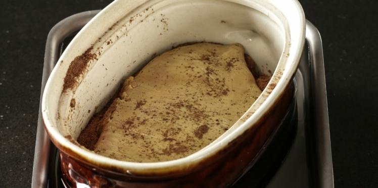 Foie gras en terrine au bain marie