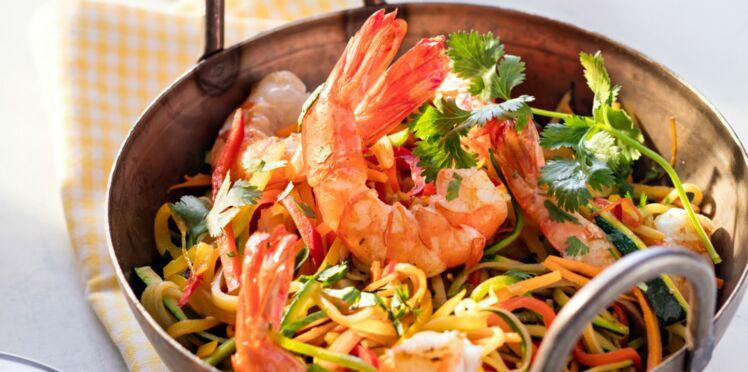 Wok de crevettes aux légumes à l'huile de sésame