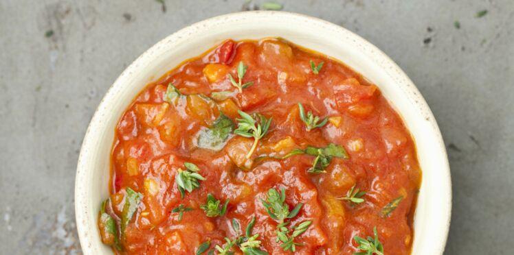 sauce tomate fraiche d couvrez les recettes de cuisine de femme actuelle le mag. Black Bedroom Furniture Sets. Home Design Ideas