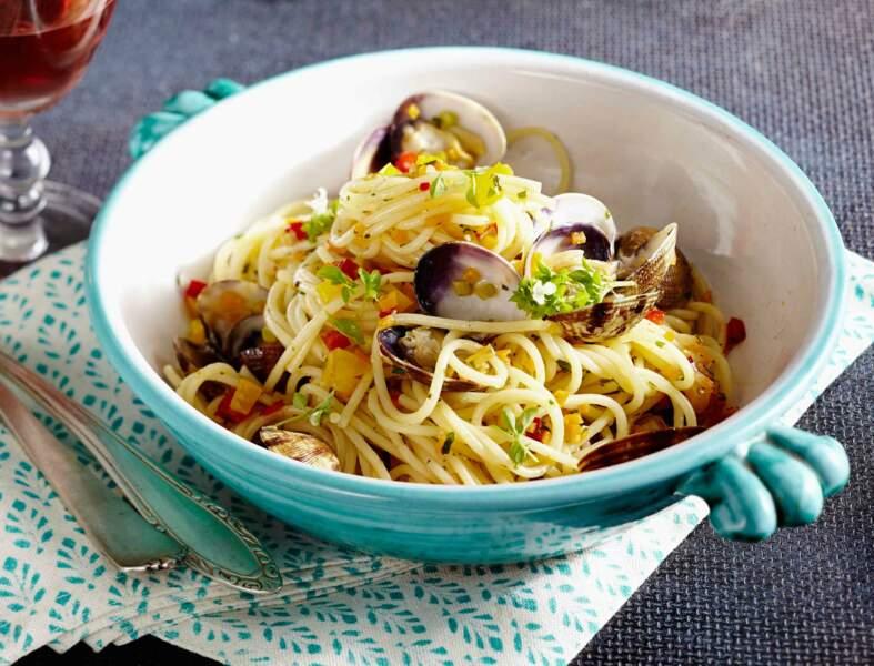 Spaghettis alle vongole aux poivrons
