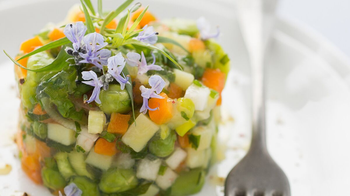 Tartare de légumes en gelée