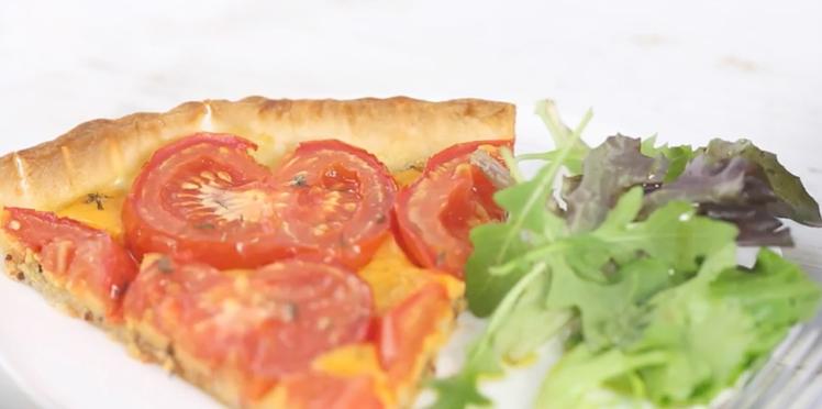 Tarte à la tomate et au cheddar