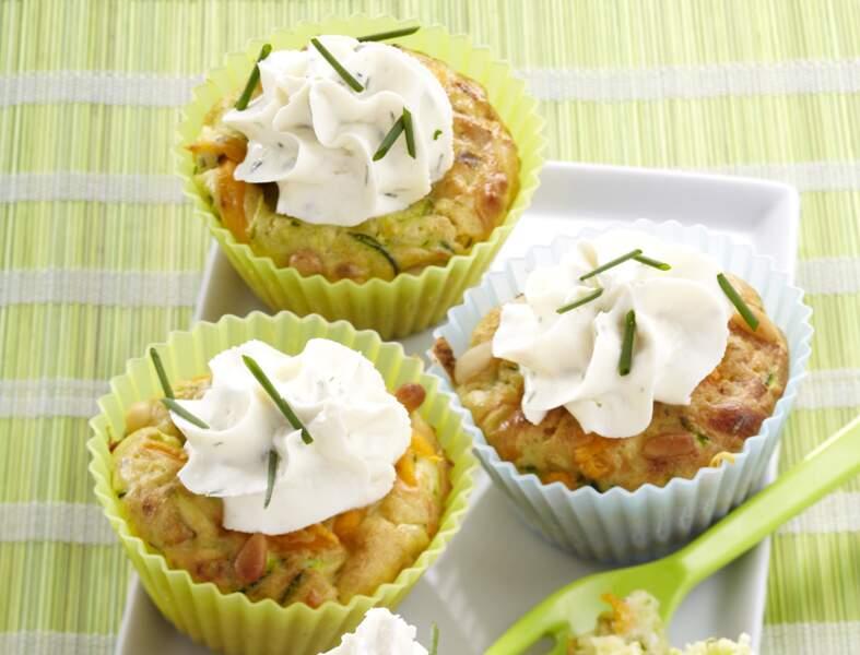 Cupcake courgette, cheddar, pignon de pin