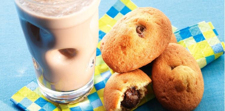 Madeleines cœur noisette et milkshake au chocolat