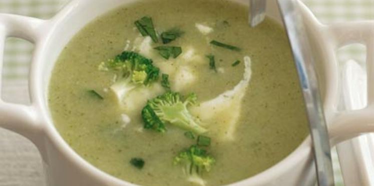 Soupe de brocolis aux pommes