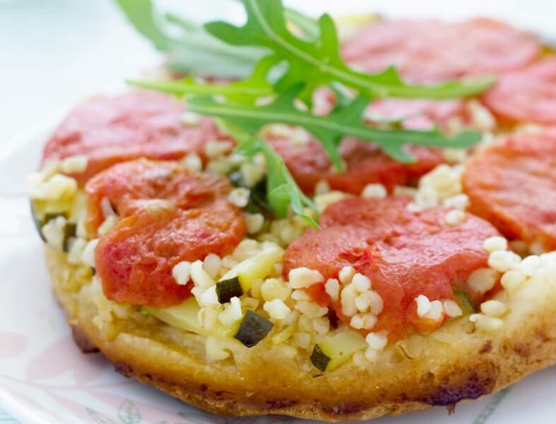 Tatin aux tomates, courgettes et boulghour