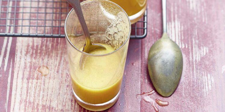 Smoothie abricots, pêches, jus de pomme
