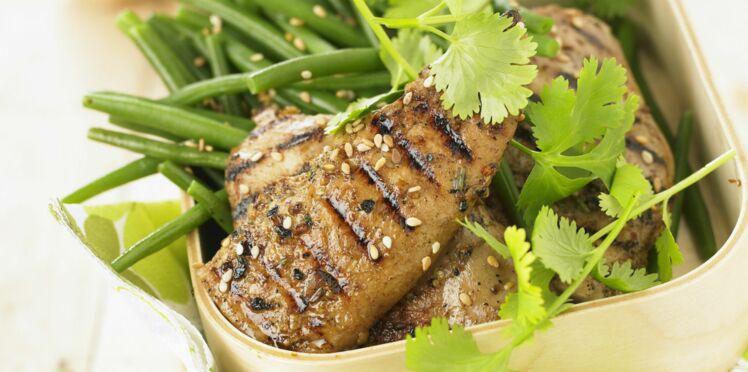 Filet de poulet mariné