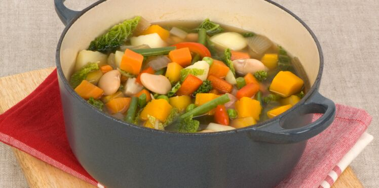 Soupe aux haricots et au chou