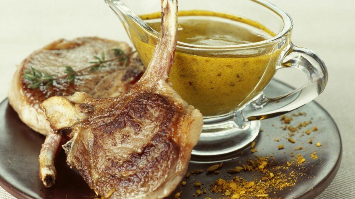 Côtes de porc à la crème de curry