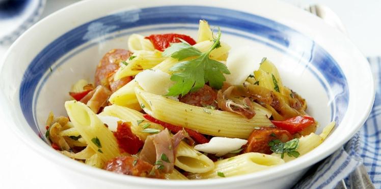 Salade de pâtes, jambon cru, mimolette