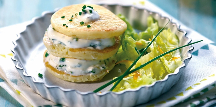 Pancakes de Blue Belle, yaourt à la grecque et ciboulette