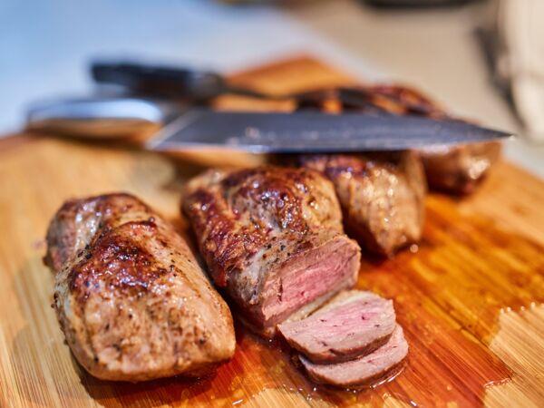 Magrets de canard la po le et jus l chalote d couvrez les recettes de cuisine de femme - Cuisiner un magret de canard a la poele ...