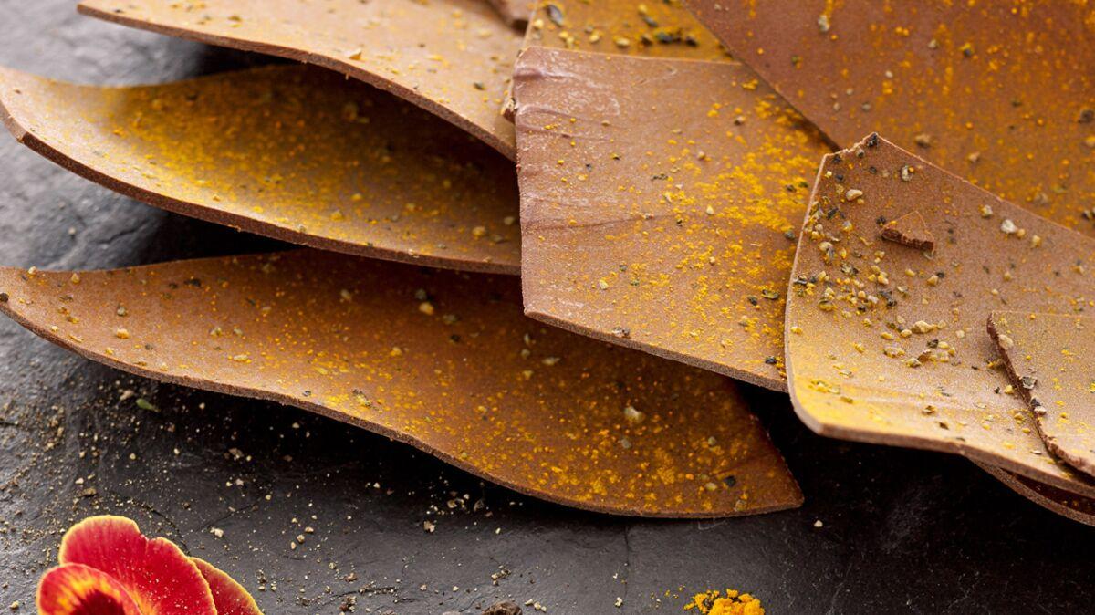 Petit-déjeuner anti-cancer : recette de la tuile chocolat et curcuma
