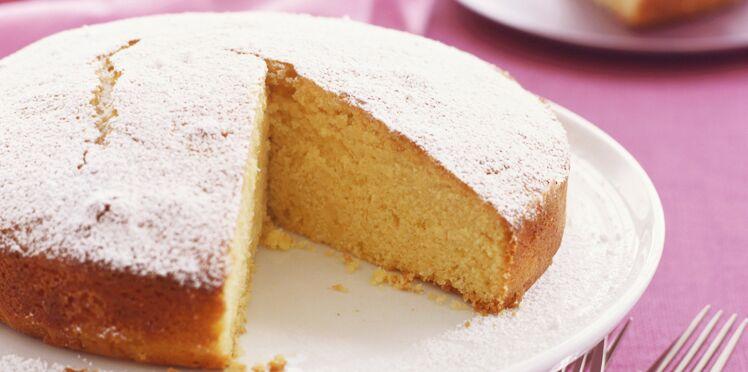 Gâteau moelleux à la polenta et à l'orange