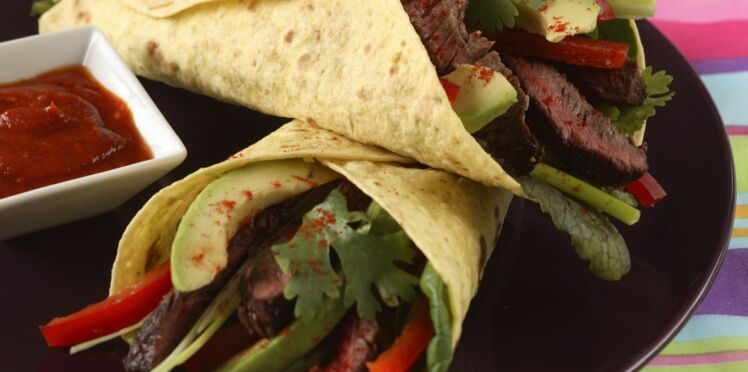 Tortillas d'onglet de bœuf grillé, sauce salsa