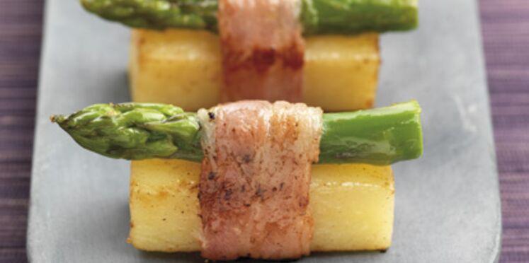 Sushi de pommes de terre et d'asperges au lard