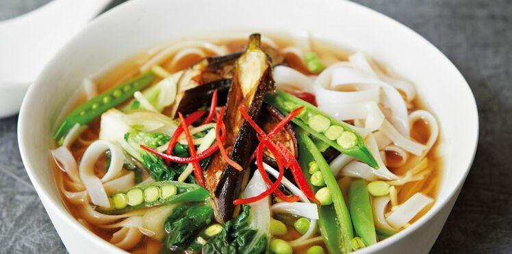 Légumes croquants aux nouilles de riz