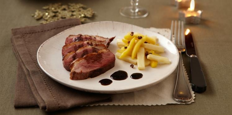 Magret de canard, sauce poivre de sichuan et balsamique, céleri et pomme glacée