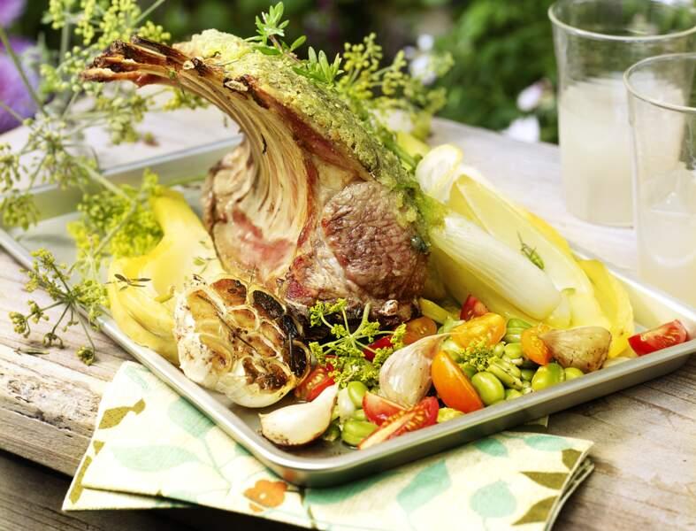 Carré d'agneau au pastis, fèves et fenouil