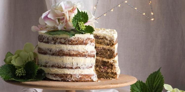 Layer cake aux griottes et au sésame