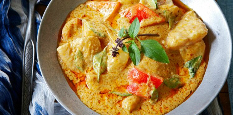 Wok de poisson au curry rouge