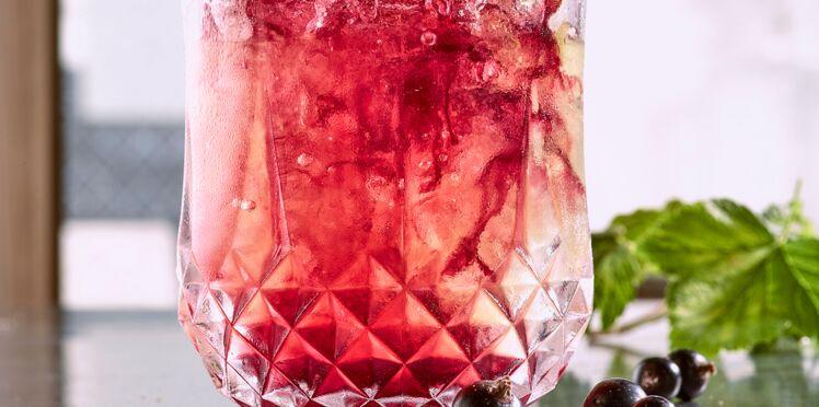 Cocktail crème de cassis genièvre