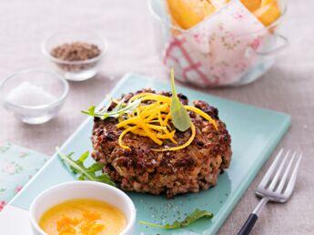 hamburger de tartare au couteau d couvrez les recettes de cuisine de femme actuelle le mag. Black Bedroom Furniture Sets. Home Design Ideas