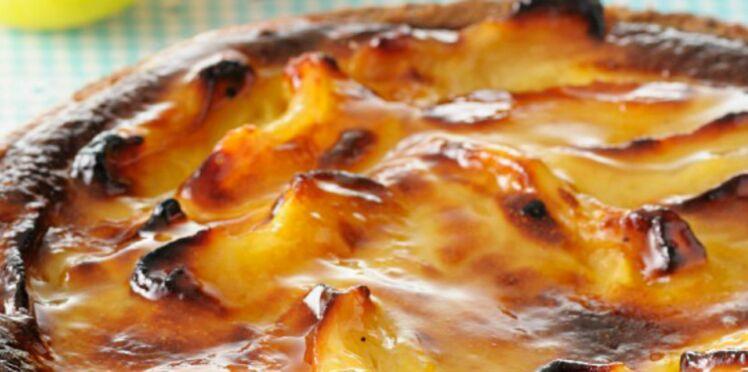 Tarte aux pommes à la crème pâtissiere