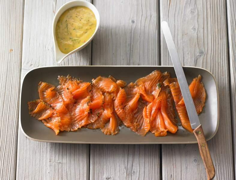 Saumon gravlax de Noël à la moutarde