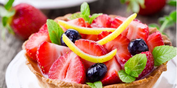 Tartelettes aux fraises, cerises et citrons confits