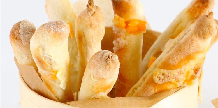 Grissinis aux croûtes de fromage