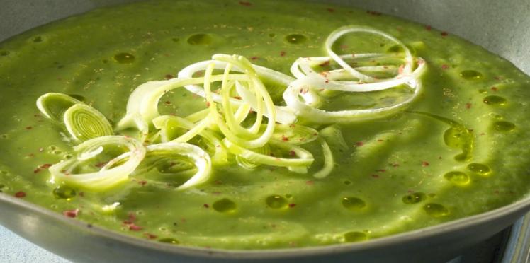 Soupe aux courgettes et poireaux