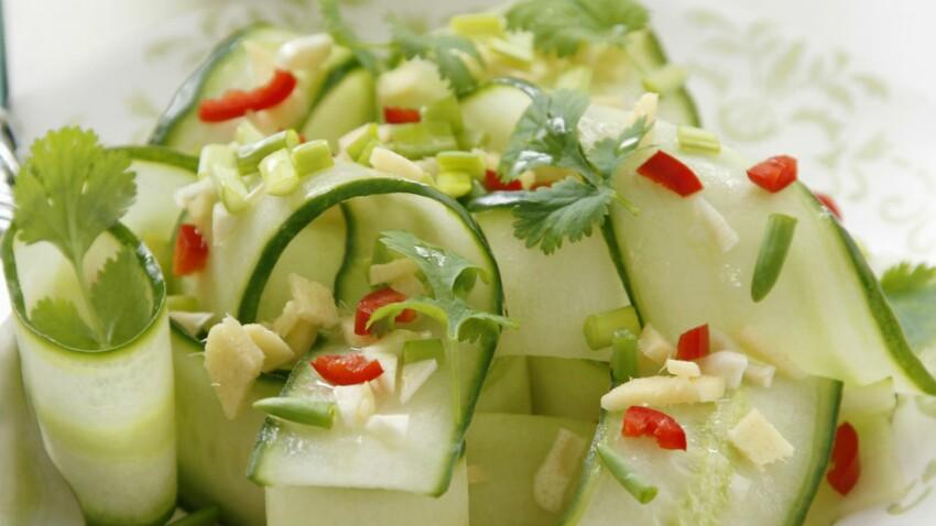 Salade aigre douce aux concombres