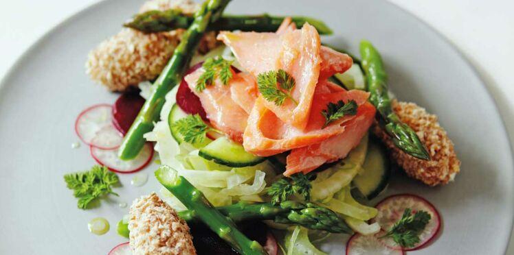 Salade de saumon fumé au chèvre, vinaigrette à l'hydromel