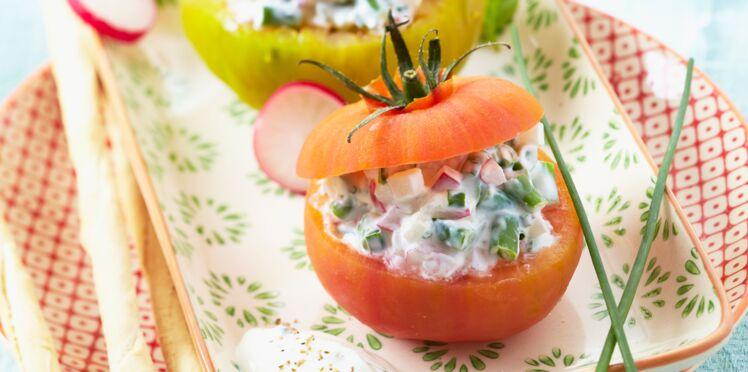 Tomates farcies, sauce au St Môret®
