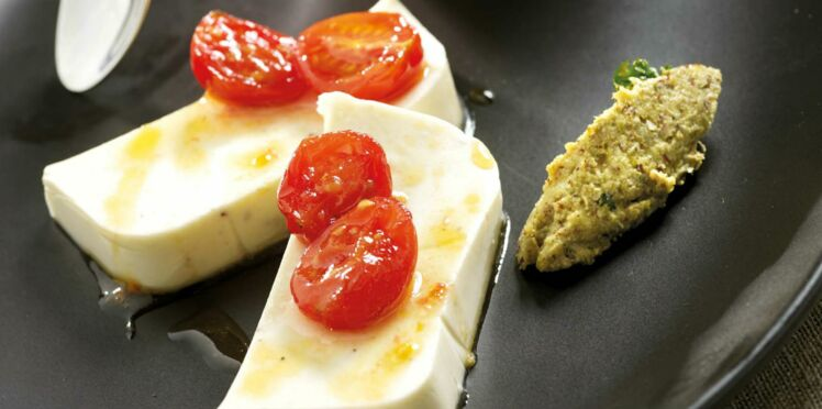 Terrine de reblochon, tomates caramélisées