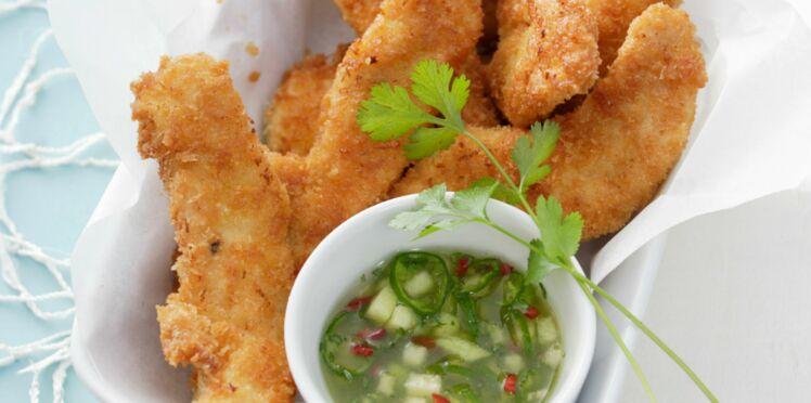 Aiguillettes de poulet panées, sauce pimentée